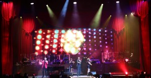 BMFL Spots help Barry Manilow say farewell in grand style