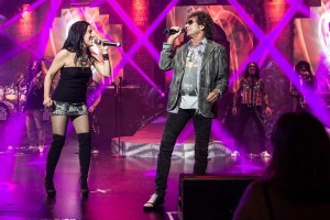 "Elation lights ""Raiding the Rock Vault"" and ""Raiding the Country Vault"" shows"