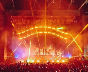All-weather Elation lighting for Alabama's Hangout Music Festival