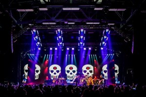 Heart on tour with Elation ACL 360 Matrix fixtures