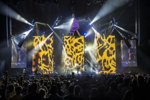 Robe fixtures on tour with Macklemore & Ryan Lewis